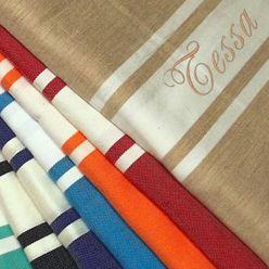 Textile brodé