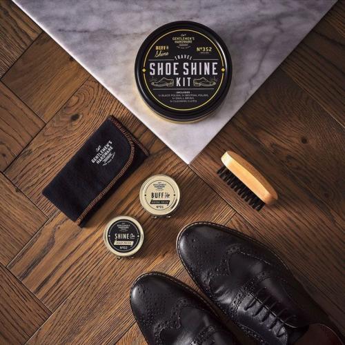 Boîte à cirage pour de voyage Gentlemen's Hardware