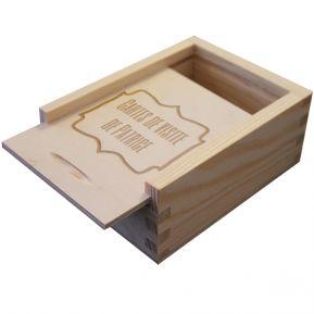 Boîte à cartes de visite en bois gravée