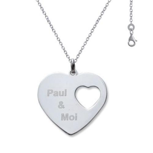 Pendentif en forme de coeur avec motif coeur ajouré
