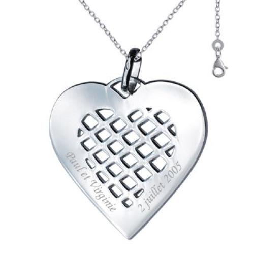 Pendentif coeur avec motif quadrillé gravé