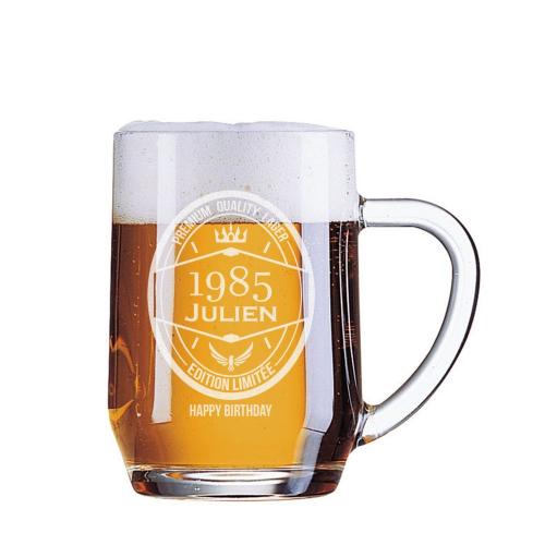 Chope de bière anniversaire année