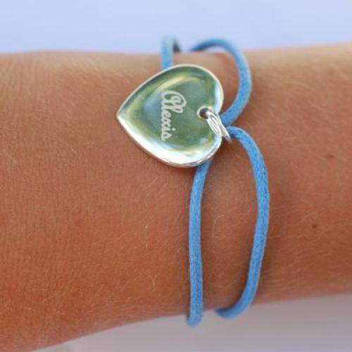 Bracelet coeur avec cordon
