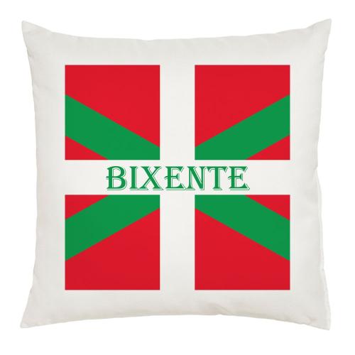 Coussin basque personnalisé avec un prénom