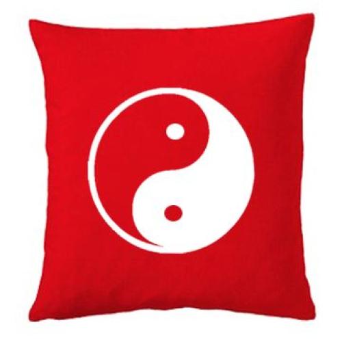 Coussin rouge yin et yang