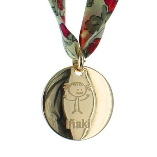 Médaille avec motif chérubin plaquée or