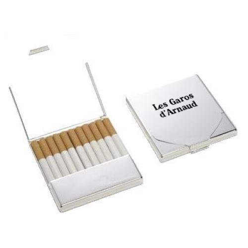 Etui à cigarettes gravé