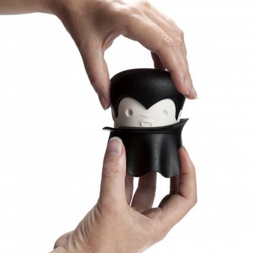 Dracula grinder