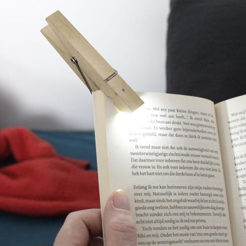 Lampe de lecture marque-page