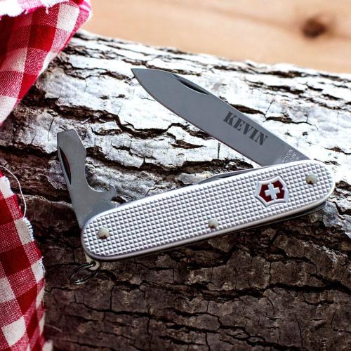 Couteau suisse personnalisé avec côte en Alox