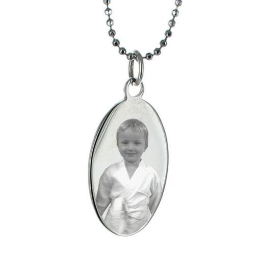 Pendentif ovale photo en métal argenté