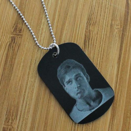 Pendentif plaque noire personnalisé avec une photo
