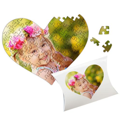 Puzzle cœur avec une photo d'enfant