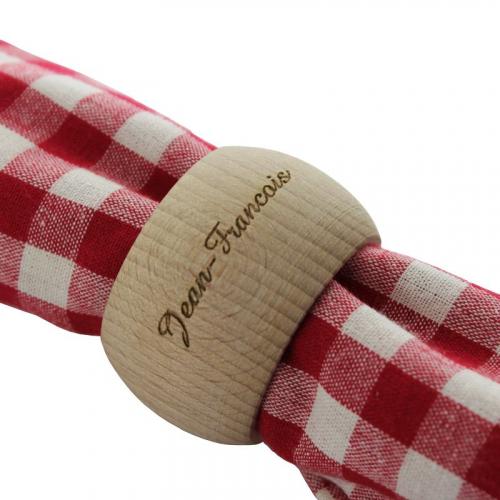 Rond de serviette en bois gravé prénom