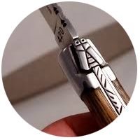 Couteaux personnalisés par gravure