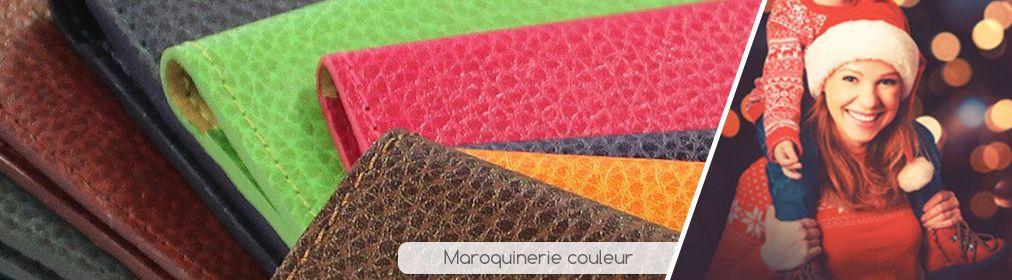 Maroquinerie avec plaque
