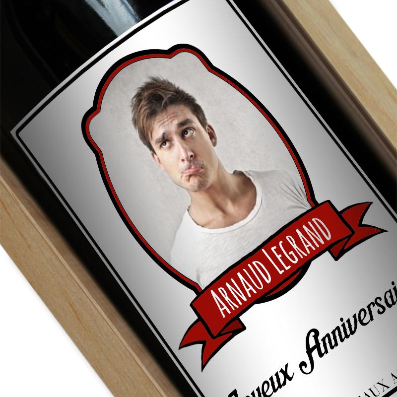 Bouteille de vin personnalisée écusson photo