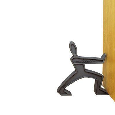 cale porte james the doorman une id e de cadeau original amikado. Black Bedroom Furniture Sets. Home Design Ideas
