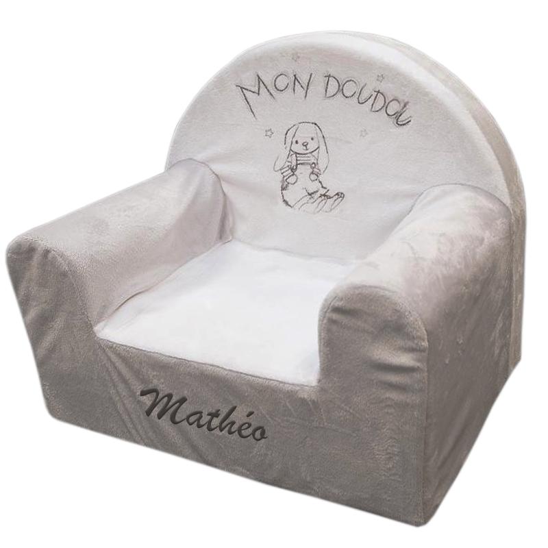 fauteuil club b b lapin personnalis une id e de cadeau original amikado. Black Bedroom Furniture Sets. Home Design Ideas