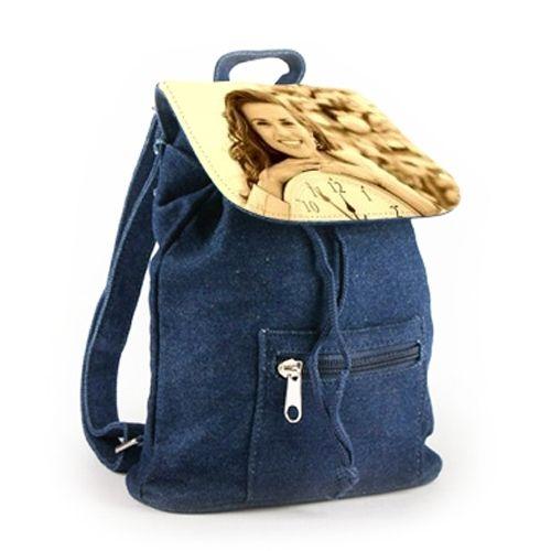 mini sac dos en jeans personnalis une id e de cadeau original amikado. Black Bedroom Furniture Sets. Home Design Ideas